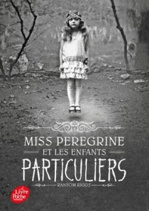 Un roman illustré par de nombreuses photos, curieuses et intrigantes !