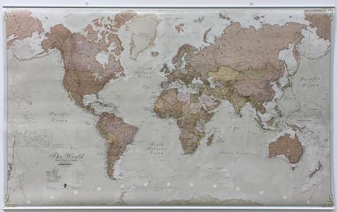 Wandkaart met ophangstrips wereld antieke stijl Engelstalig 136 × 83 cm