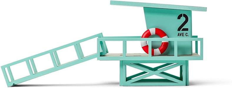 Candylab lifeguard tower