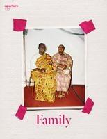 Magazine Aperture 233 Family /anglais