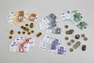 Materiel De Mathematiques - Pieces Et Billets D'euros - 2019