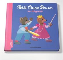 Petit Ours Brun Se Deguise