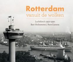 Rotterdam vanuit de wolken