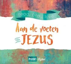 Puur! Aan De Voeten Van Jezus