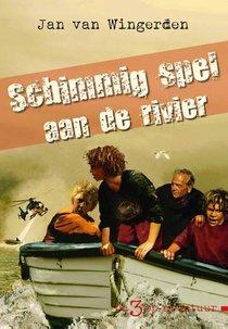 Schimmig spel aan de rivier