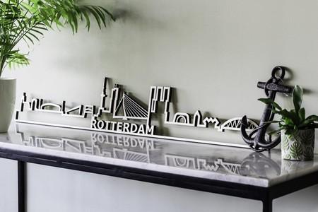 Skyline Rotterdam Notenhout 60 cm