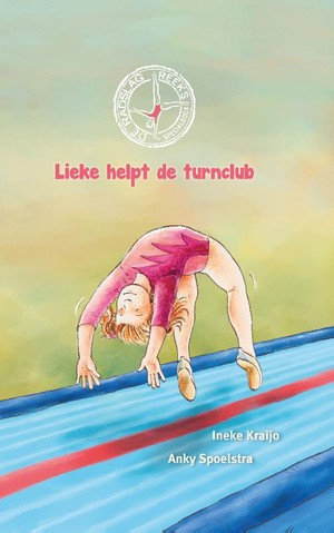 Lieke helpt de turnclub